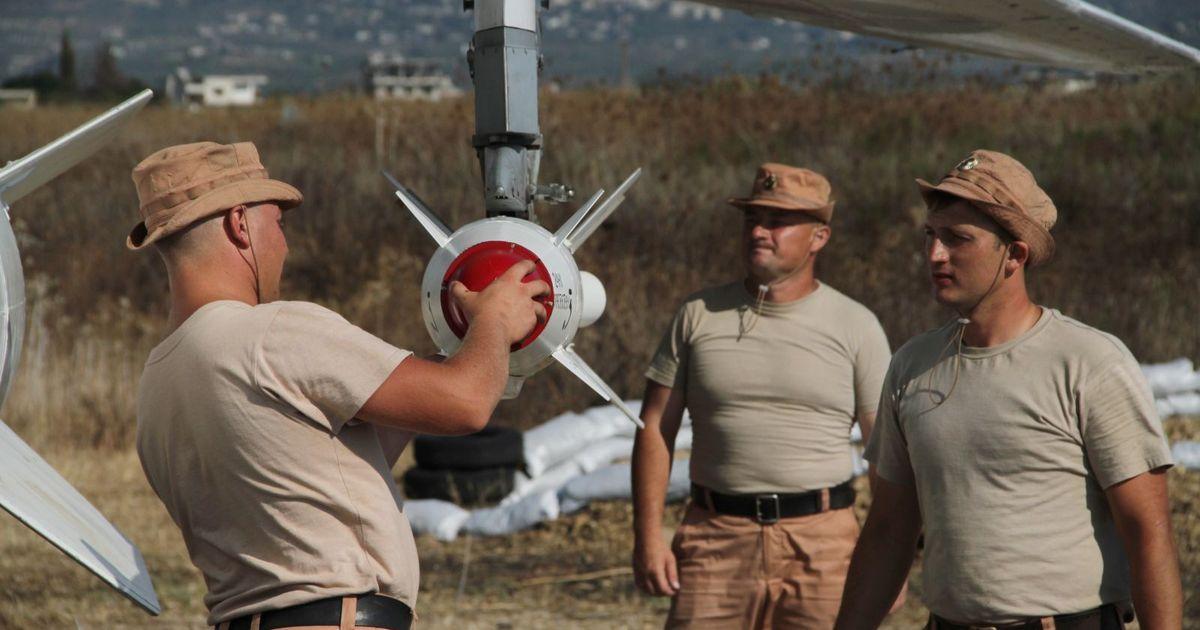 Фото «Россия на Ближнем Востоке - это кот Леопольд c ракетами и военными базами»