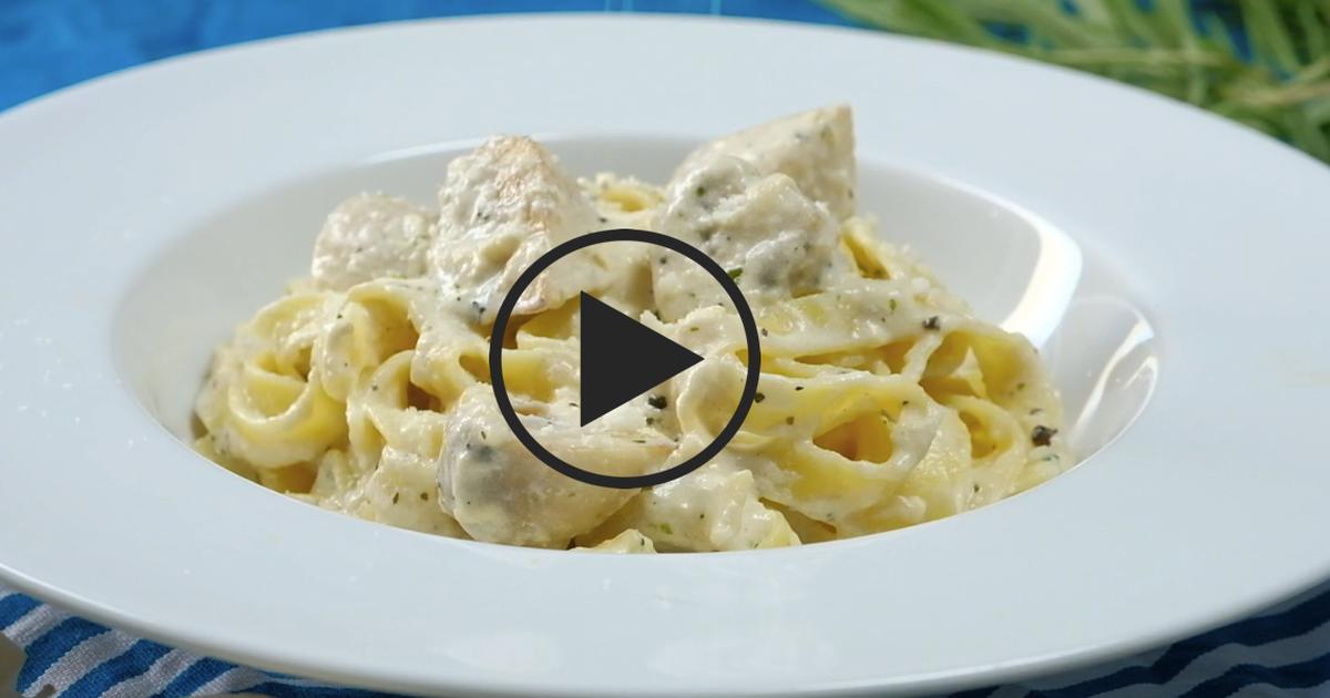 Фото Паста с грибами в сливочном соусе: видео-рецепт