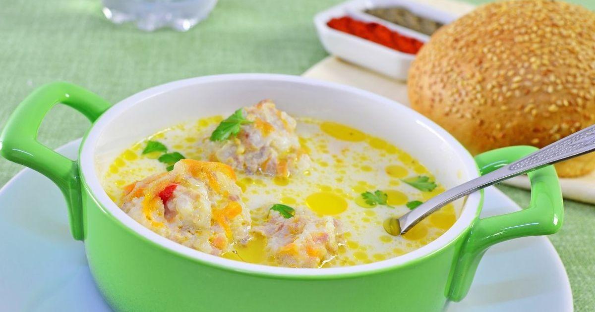 Фото Сливочный суп с фрикадельками из индейки