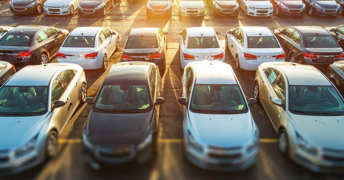Фото Продажи новых автомобилей в России показали в июле двузначный рост