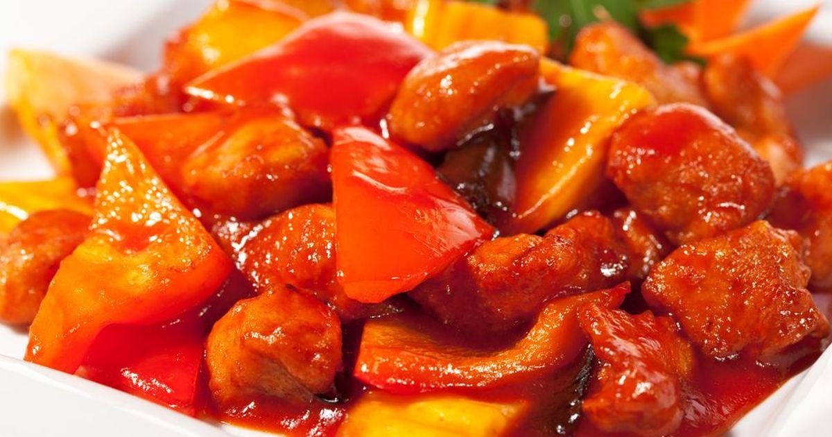 Фото Свинина с ананасами в кисло-сладком соусе по-китайски