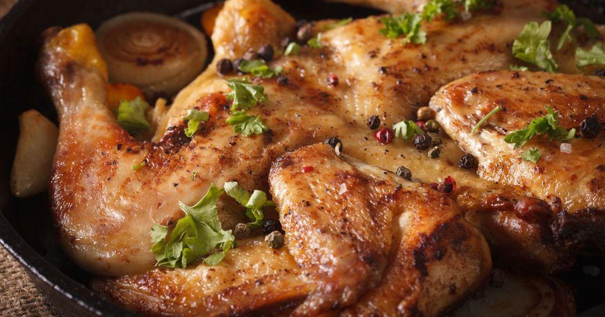 Фото Цыплёнок табака (тапака) по-грузински с соусом ниорцкали