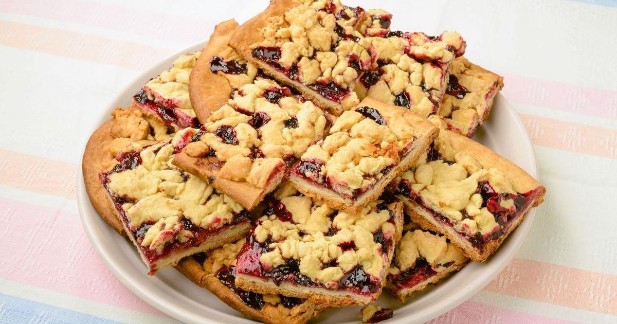 Фото Тёртый пирог с черничным вареньем