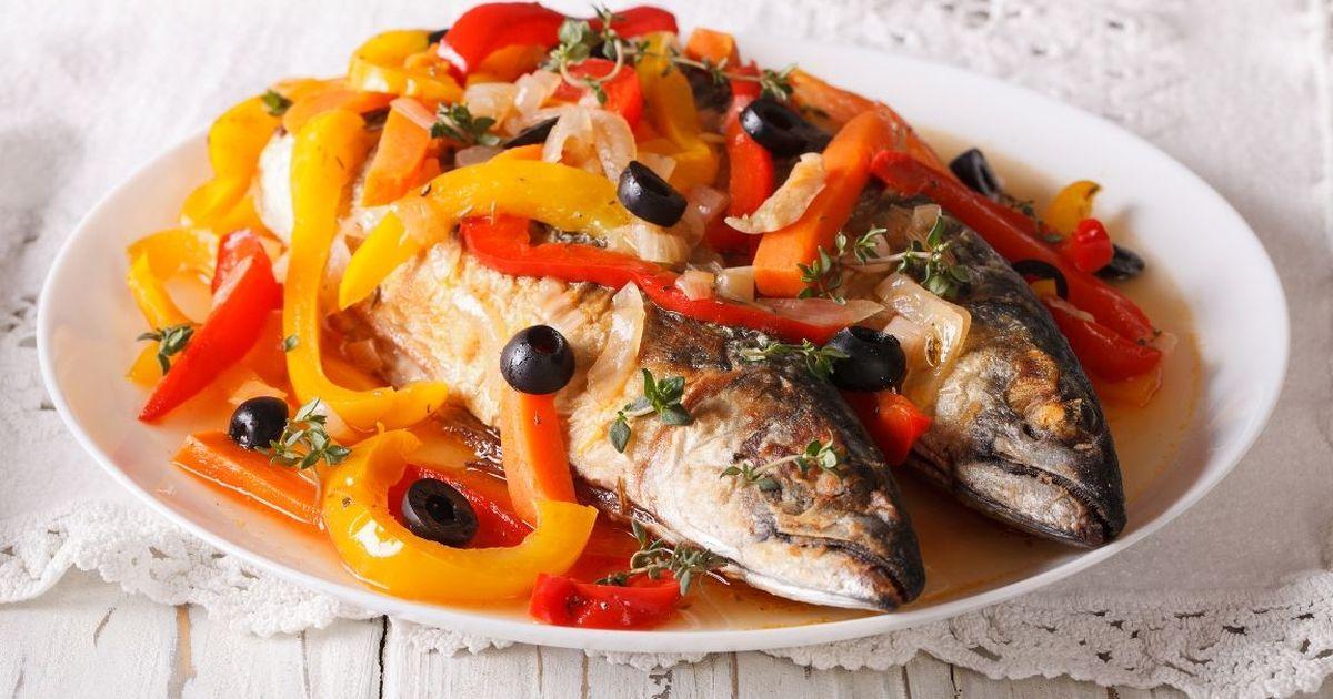 Фото Вкуснейшая скумбрия с овощами
