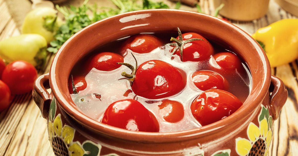 Фото Бочковые помидоры по-домашнему