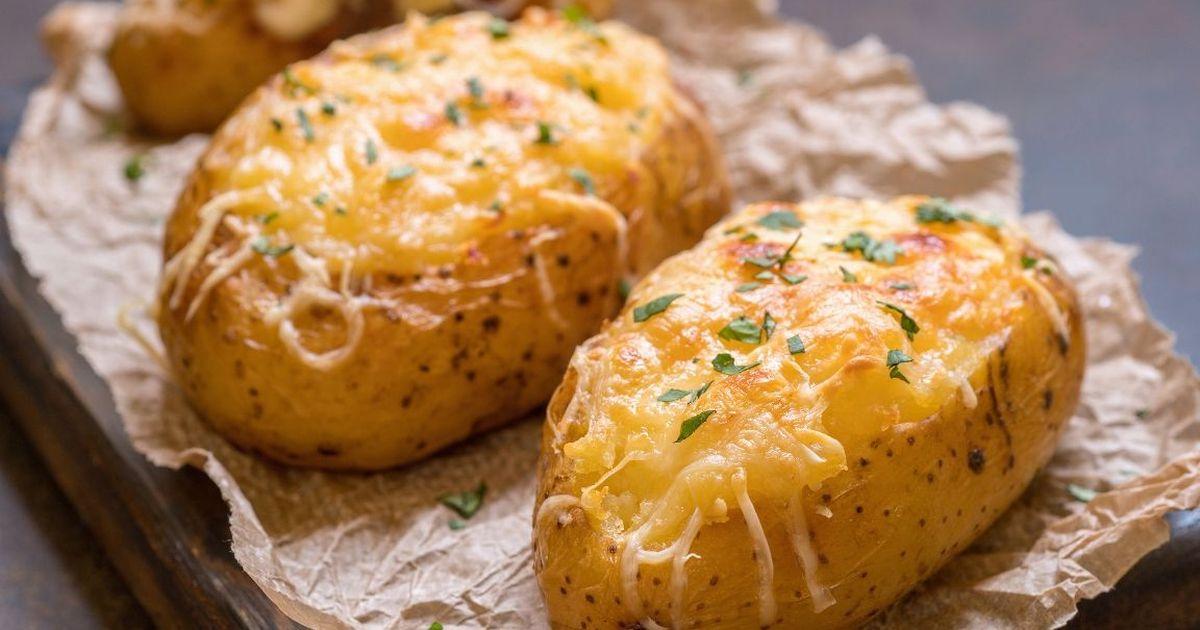 Фото Вкуснейший картофель, запеченный в мундире