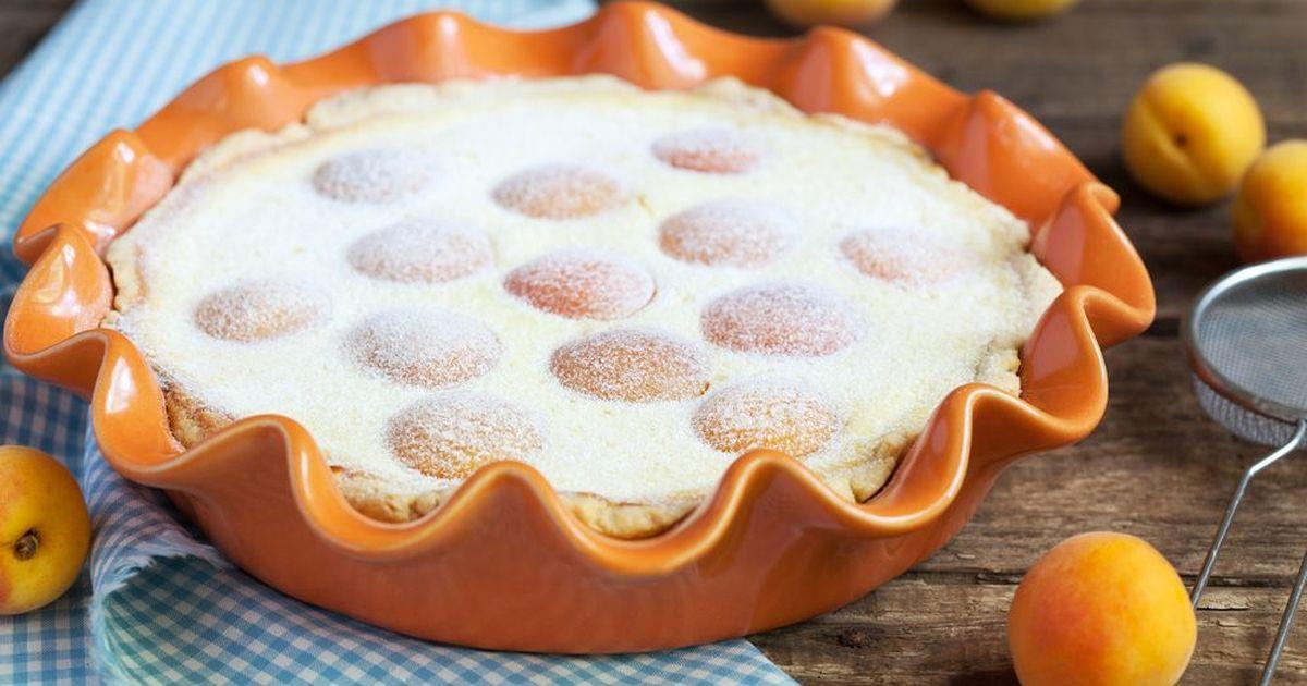 Фото Песочный пирог с творогом и абрикосами