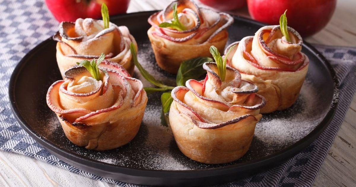 Фото Изящные слойки с яблоками «Розочки»
