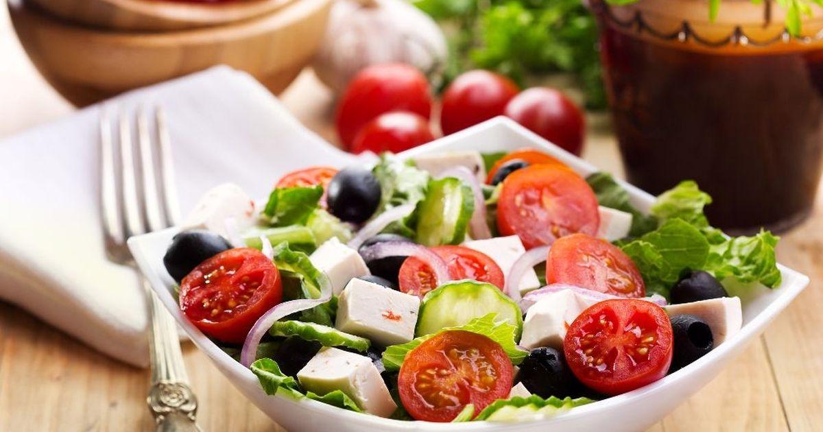 Фото Свежий греческий салат