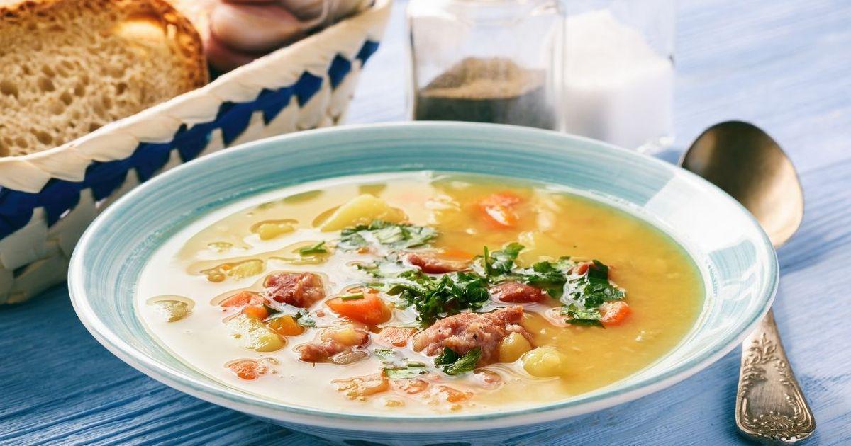 Фото Наваристый гороховый суп с копчёностями