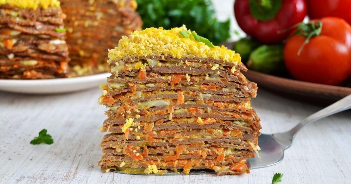 Фото Аппетитный торт из куриной печени