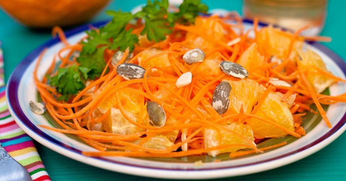 Фото Лёгкий салат из тыквы, апельсинов и моркови