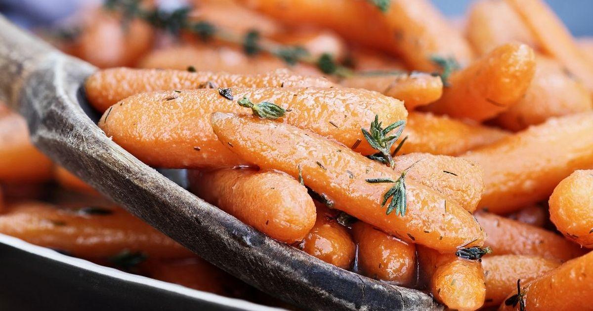 Фото Аппетитная глазированная морковь