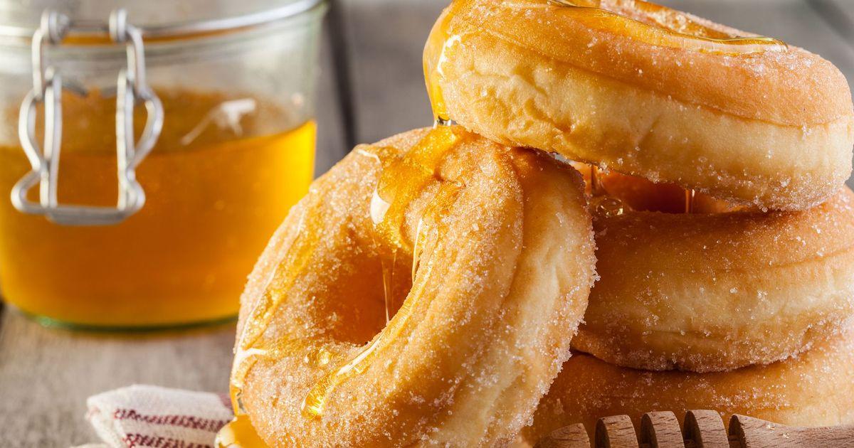 Фото Домашние пончики с медом