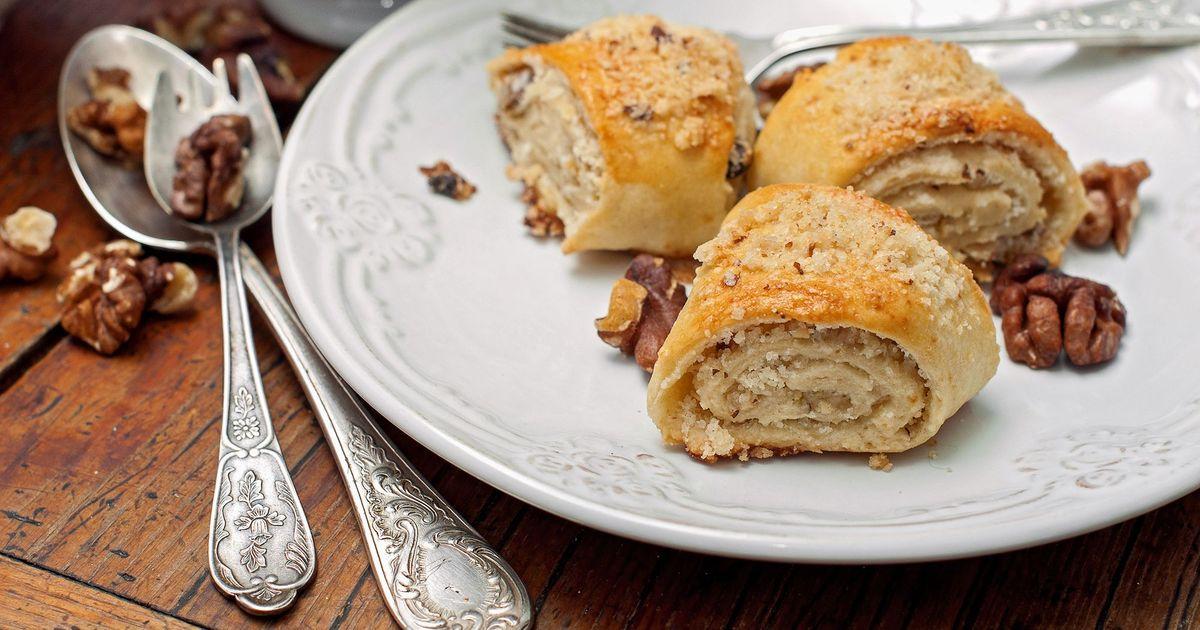 Фото Армянская гата – слоёное печенье с грецкими орехами