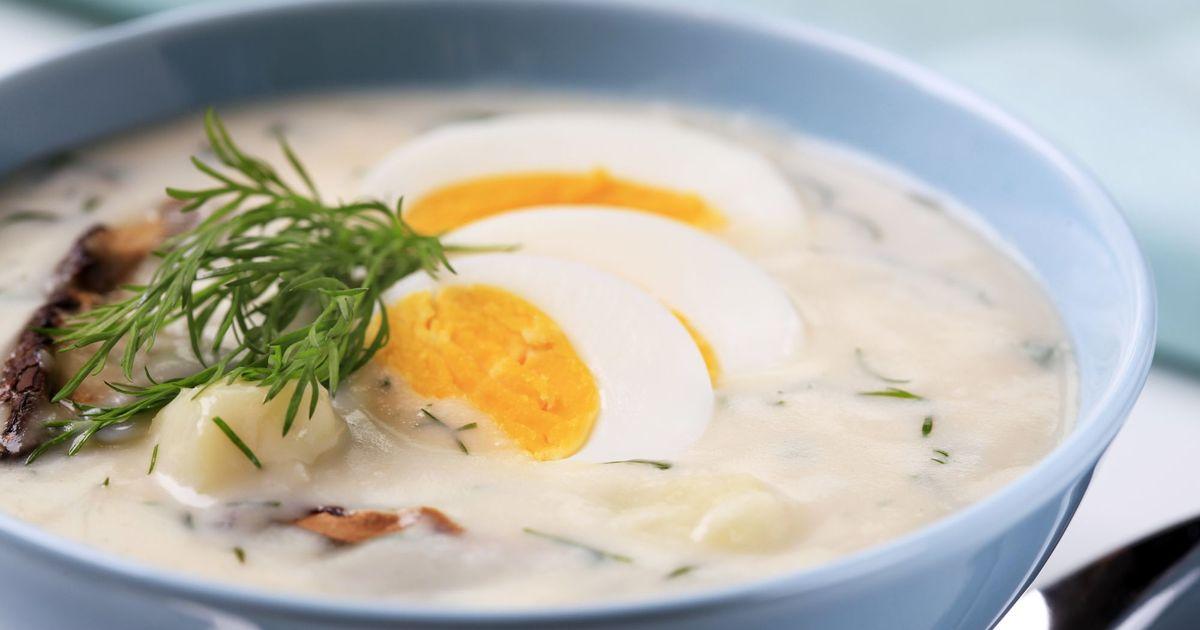 Фото Суп со сметаной, грибами и яйцом