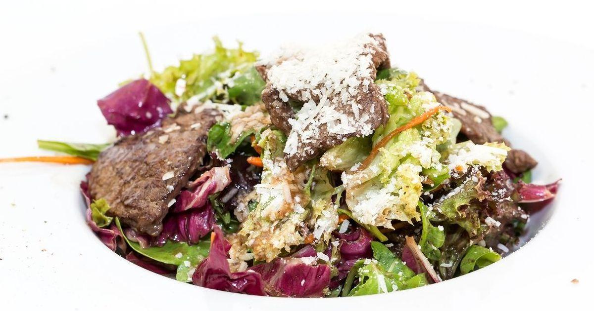 Фото Тёплый салат с говядиной
