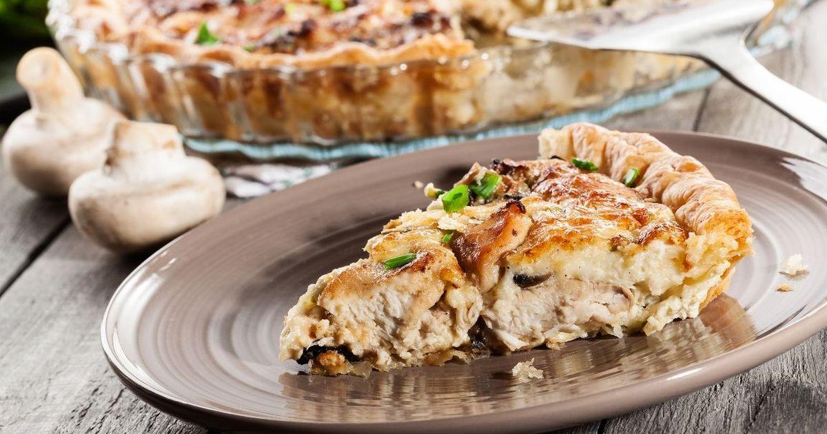 Фото Вкуснейший пирог с курицей и грибами
