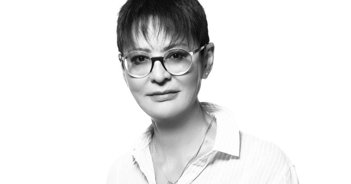 Фото «Голосовала за Собчак». Хакамада о политике, татуировках и открытом браке