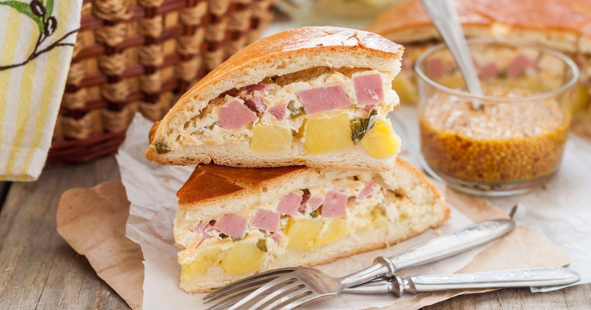 Фото Пирог с картофелем и ветчиной для пикника
