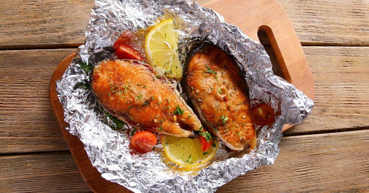 Фото Красная рыба, запеченная в фольге