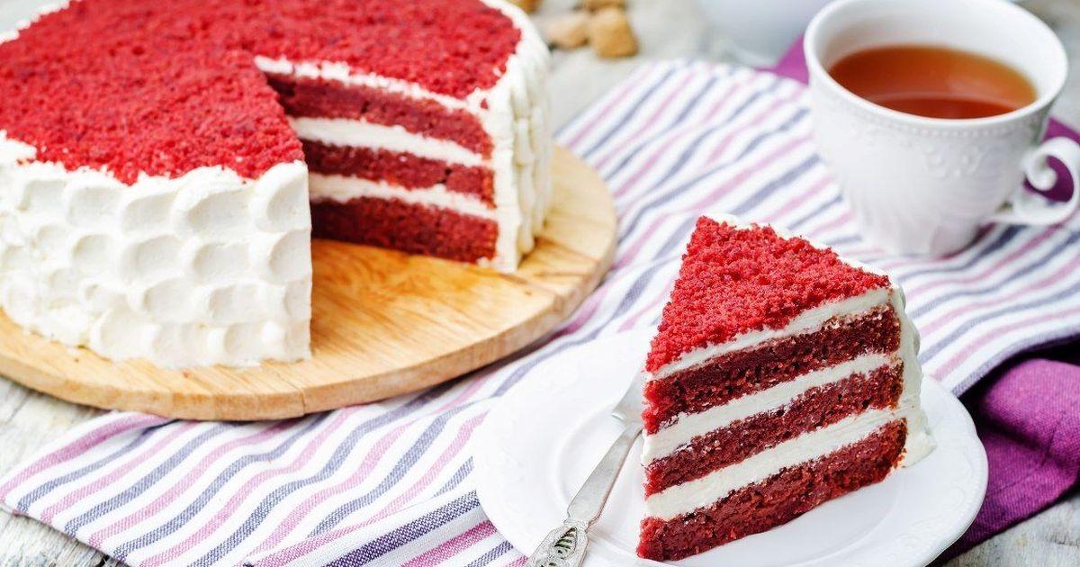Фото Изумительно красивый торт «Красный бархат»