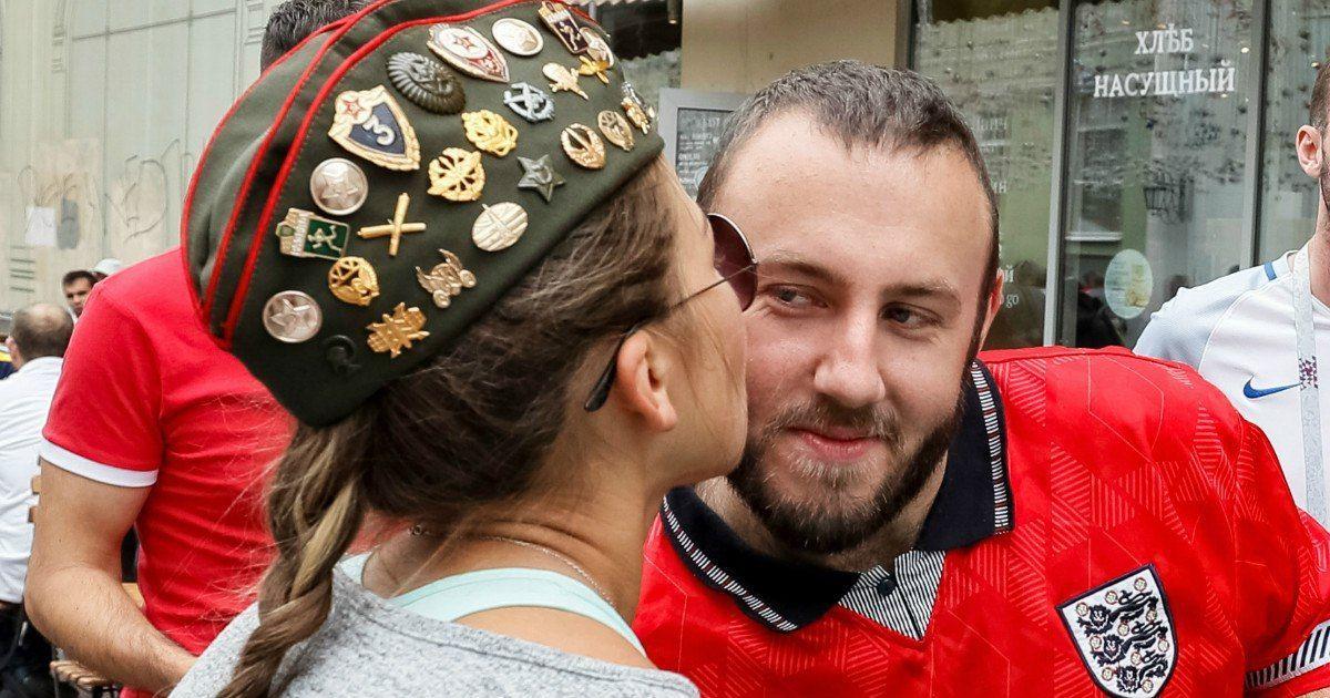 Фото «Женщины кастрировали мужчин». Психолог о сексе в России и заграничных фанатах