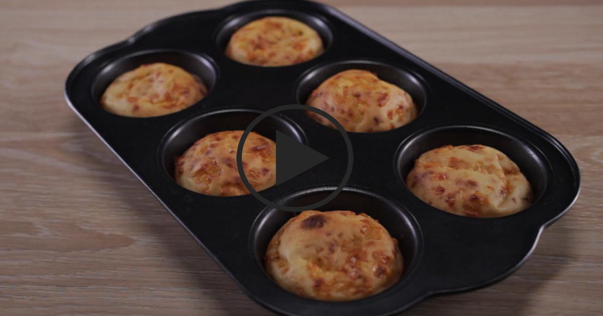Фото Сырные кексы: видео-рецепт