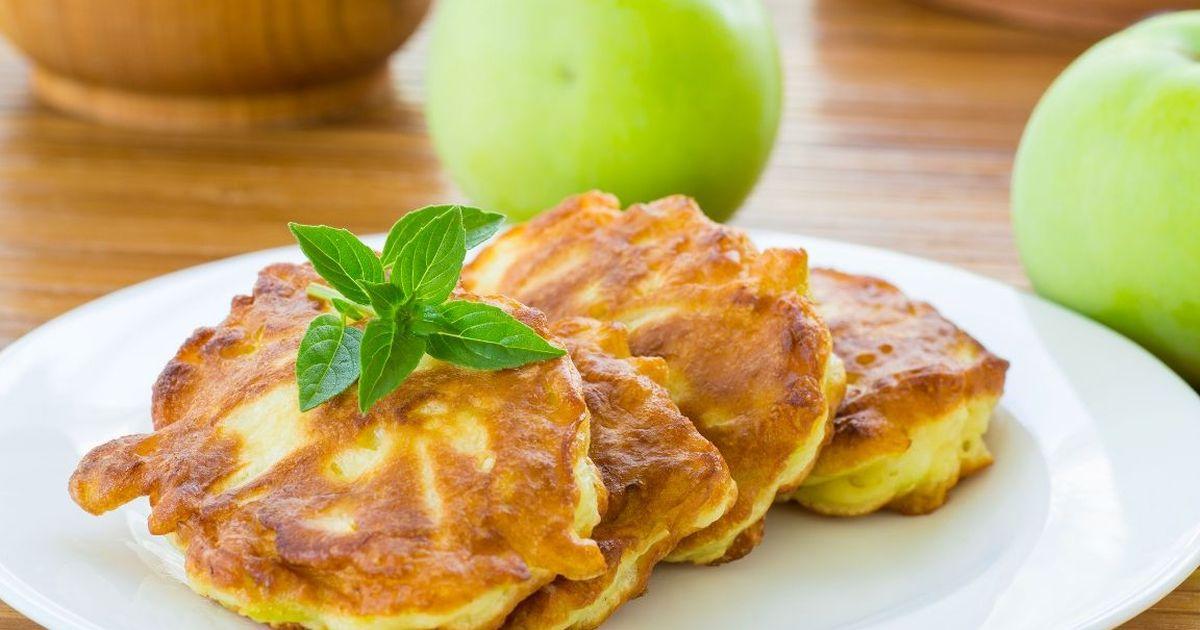 Фото Овсяные оладьи с яблоком