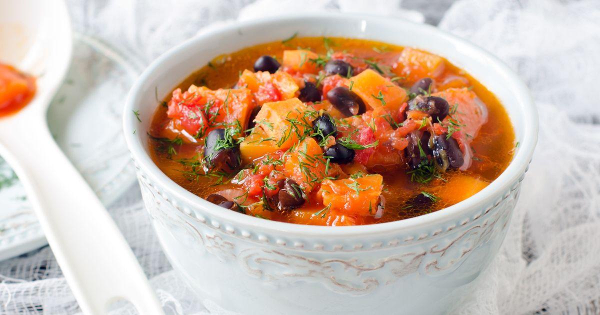 Фото Томатный суп с тыквой и фасолью