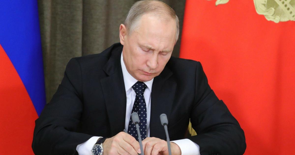 Фото Как Путин смягчил статью за репосты?