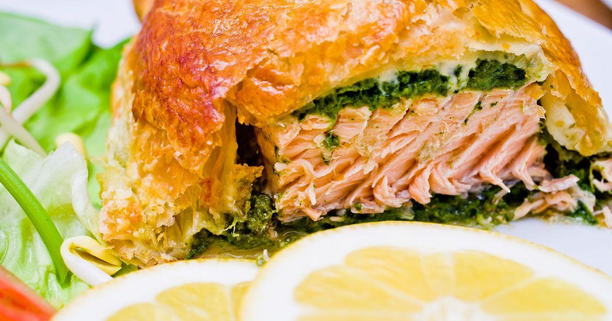 Фото Филе лосося в слоеном тесте