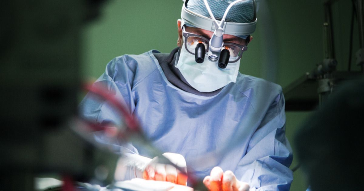 Фото Доктор Зло. Как американский хирург искалечил 30 пациентов