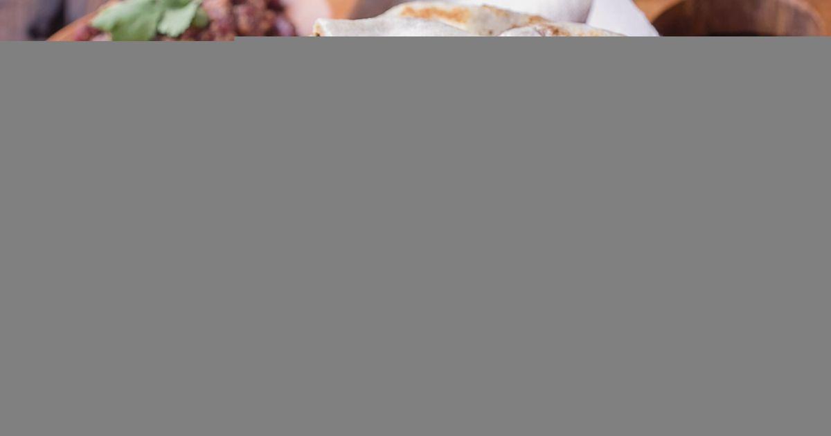 Фото Лобиани – грузинские лепешки с фасолью