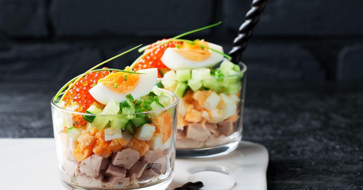 Фото Веррин с печенью трески – слоёный салат во французском стиле