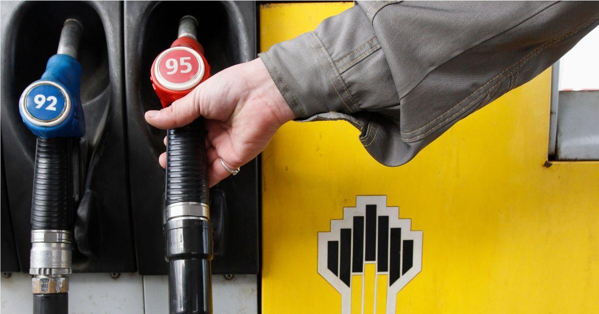 Фото Круговая порука. Как правительство решило регулировать цены на бензин