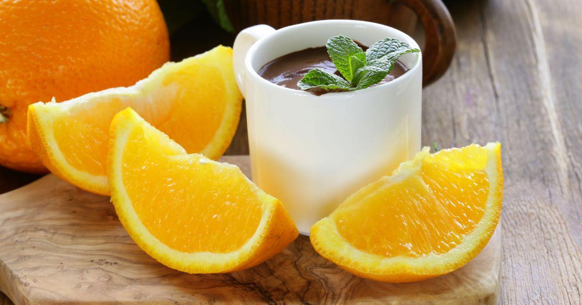 Фото Шоколадный мусс с апельсином
