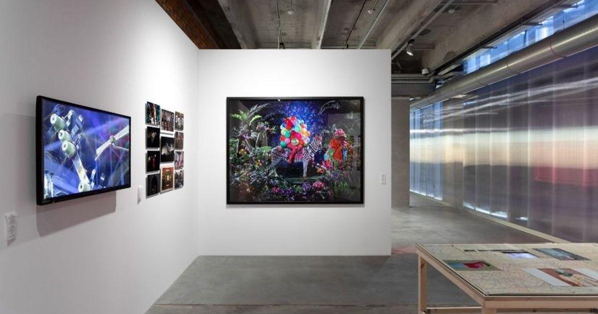 Фото Выставка «Ткань процветания» в «Гараже»