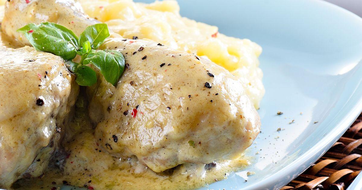 Фото Куриные голени в сливочно-сырном соусе