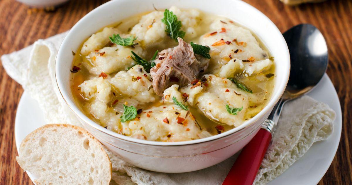 Фото Мясной суп с клёцками