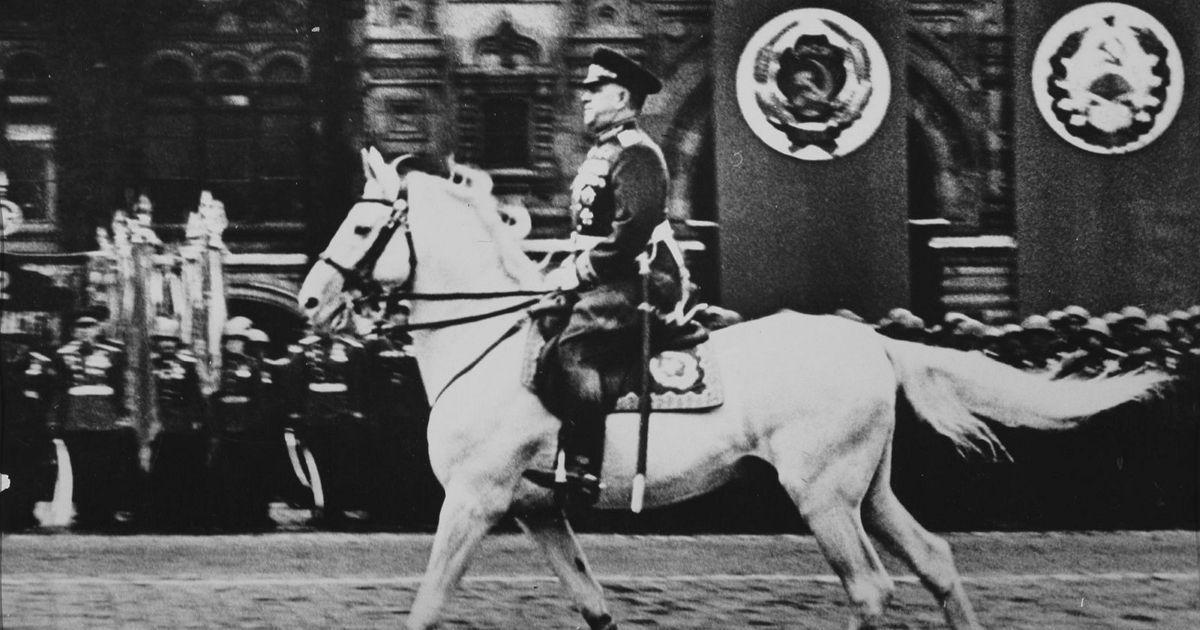 Фото Конфликт со Сталиным и удар Хрущева. Что было с Жуковым после войны