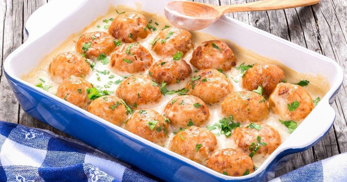 Фото Рецепт приготовления куриных шариков в сырно-сливочном соусе