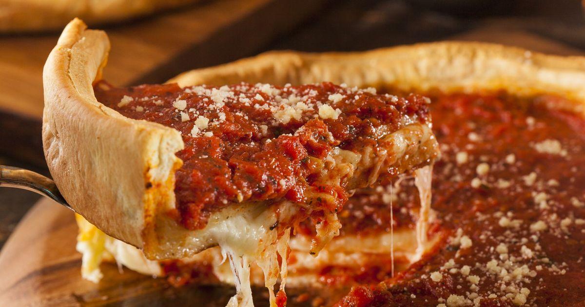 Фото Невероятно вкусная пицца по-чикагски
