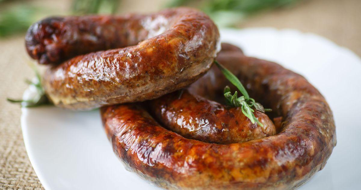 Фото Домашняя колбаса из свинины