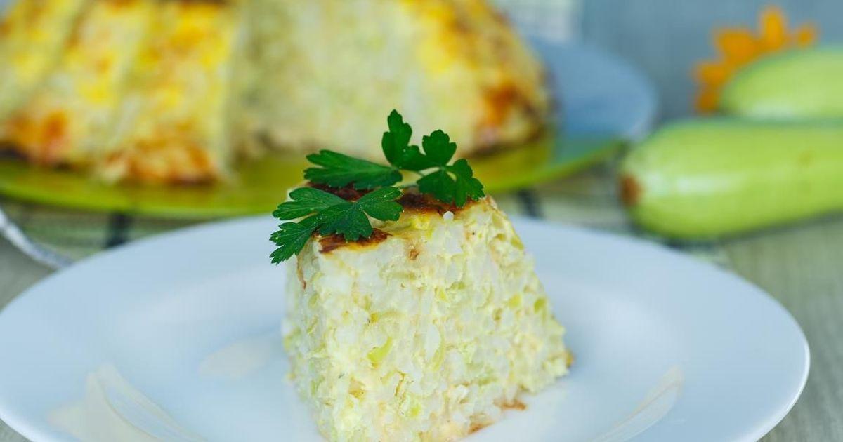 Фото Домашняя запеканка с кабачками, рисом и сыром