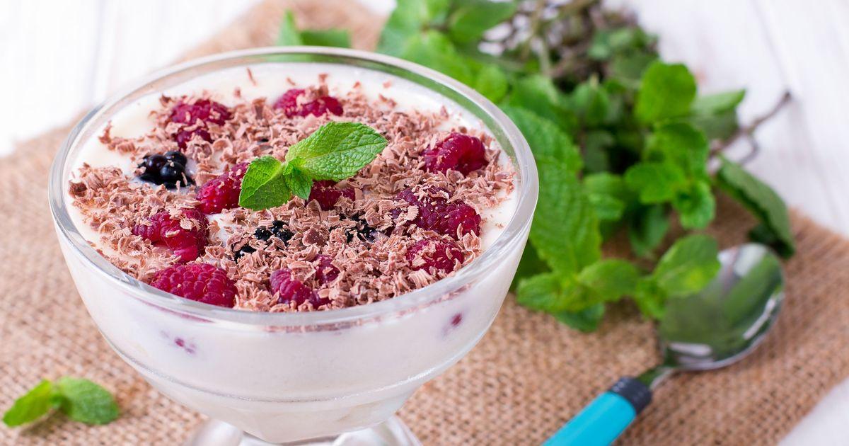 Фото Фруктовый десерт с зефирным кремом
