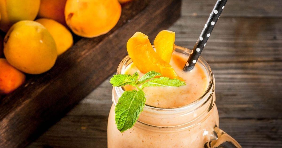Фото Нежнейший абрикосовый смузи