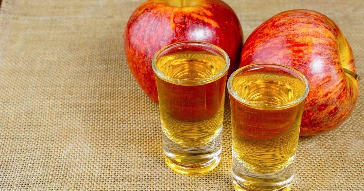 Фото Домашний яблочный кальвадос