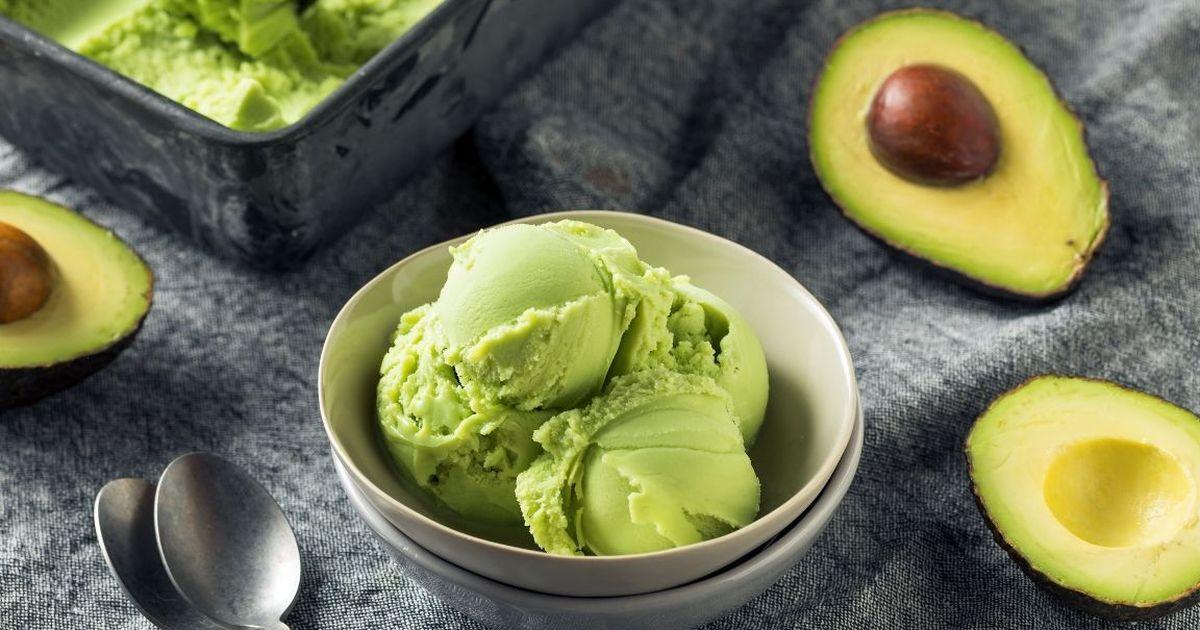 Фото Домашнее мороженое с авокадо