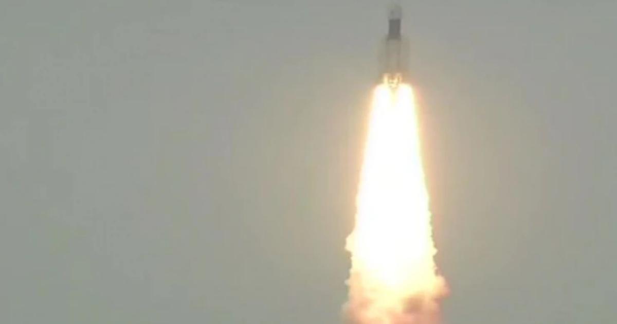 Фото Индия успешно вывела лунную станцию на орбиту